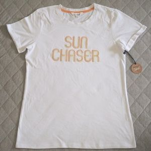 """Bare Your Soul """"Sun☀️Chaser🏃"""" Tee - NWT"""